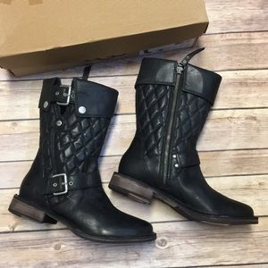 NWT UGG Conor Boots